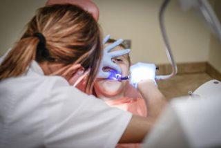 Lakowanie zębów Będzin