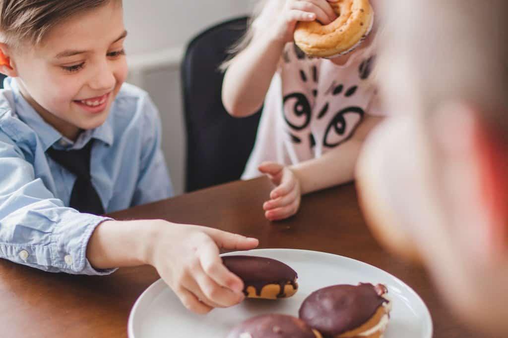 Czy cukier powoduje próchnicę zębów?